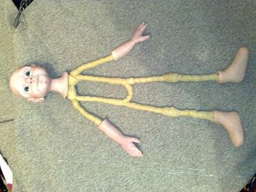Как сделать из пластика куклу своими руками