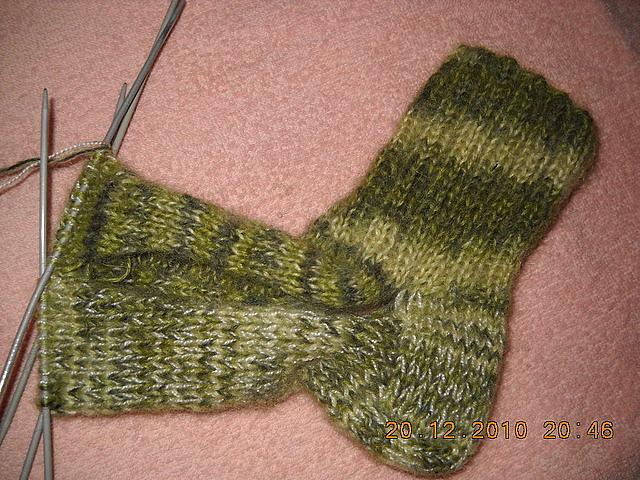 Мастер класс вязание носков на 2-х спицах 72