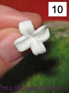 Сирень из полимерной глины
