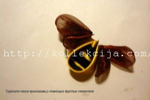 Пчелка из лент своими руками