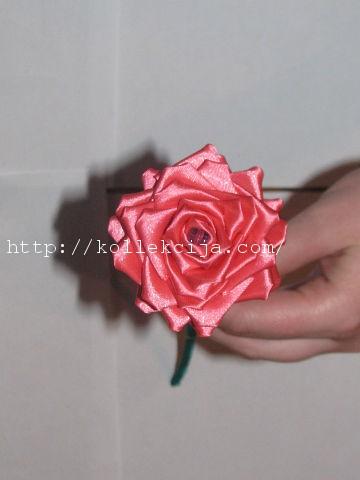 Цветок из лент своими руками роза