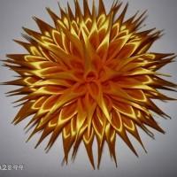 Хризантема из атласной ленты
