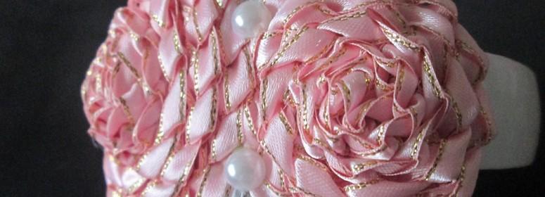Роза из фенечки
