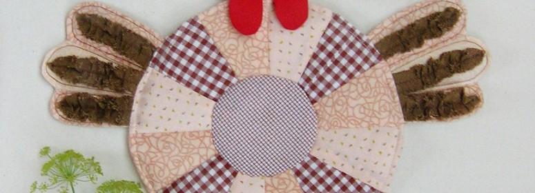 Пасхальная курочка из ткани