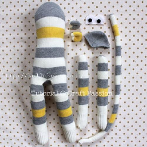 Игрушка обезьянка из носков своими руками
