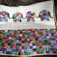 Лоскутное детское одеяло