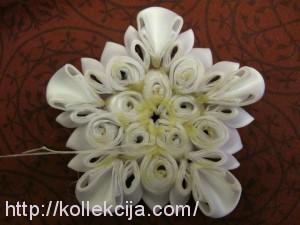 многослойный цветок канзаши