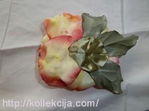 Роза крашенная из ткани