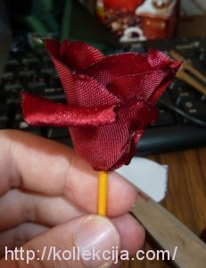 Как собрать розу из ткани