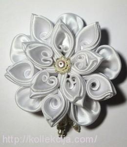 Красивый цветок канзаши