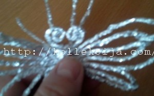 Бабочка из фольги