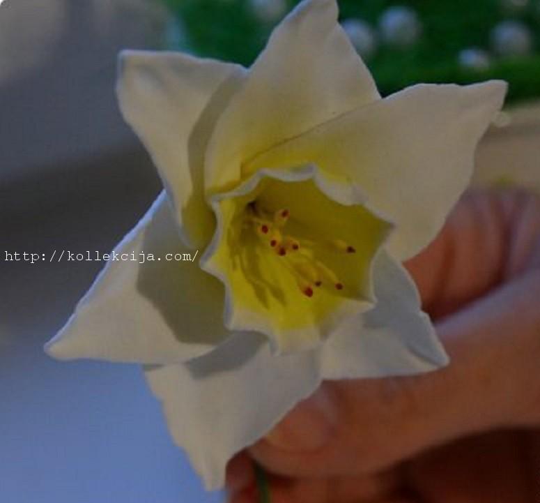 Цветок нарцисс своими руками