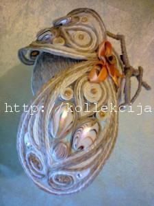 Муха из джутовых ниток