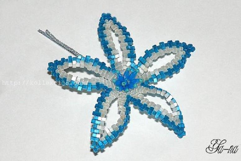 Цветок-заколка из бисера